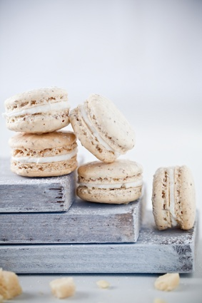 marzipan macaron recipe - photo by Helene Dujardin