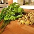 Chopping Board Pistachio Pesto w/ Balsamico