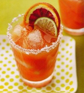Blood Orange Margarita Cocktail Recipe on http://www.theculinarylife.com