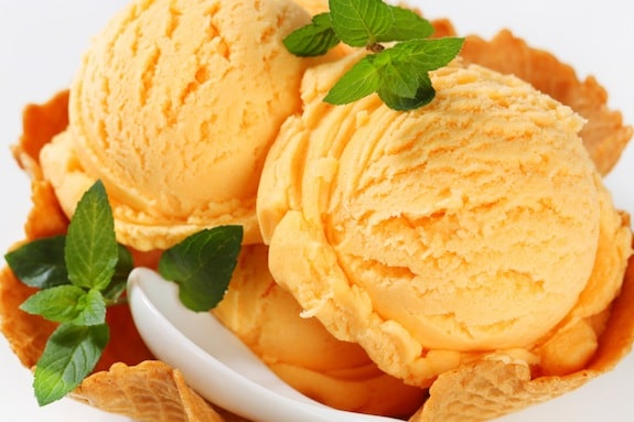 Homemade Peach Ice Cream Recipe on http://www.theculinarylife.com