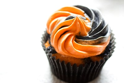 Ghoulishly Orange and Black Halloween Cupcakes on