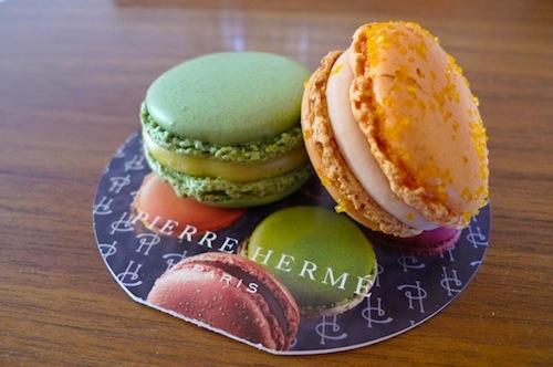 Ladurée v. Pierre Hermé Macaron Taste Test on http://www.theculinarylife.com
