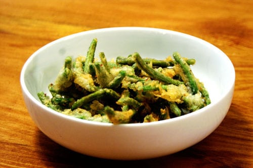 Green Bean Tempura Recipe on https://www.theculinarylife.com