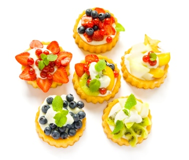 Pastry Cream Fruit Tarts on http://www.theculinarylife.com