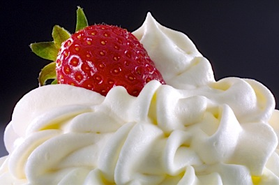 How to Make Fresh Whipped Cream on http://www.theculinarylife.com