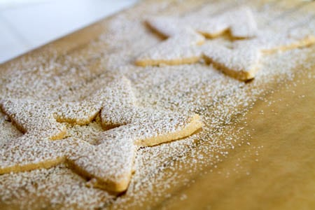 Gluten Free Linzer Cookies on http://www.theculinarylife.com