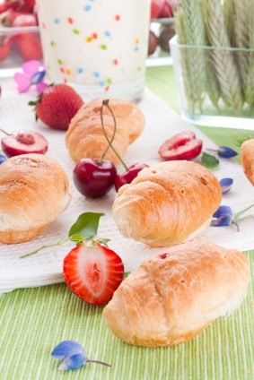 Club Med's White Chocolate Brioche Recipe on http://www.theculinarylife.com
