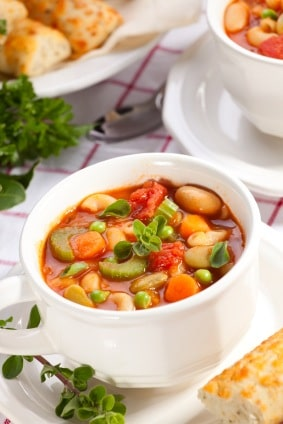 Turkey Minestrone Soup Recipe on http://www.theculinarylife.com