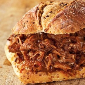 Amazingly Easy Slow Cooker Pulled Pork Recipe on http://www.theculinarylife.com