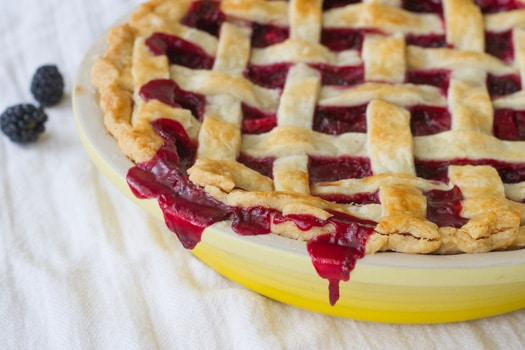 Deep Burgundy Blackberry Pluot Fruit Pie on http://www.theculinarylife.com