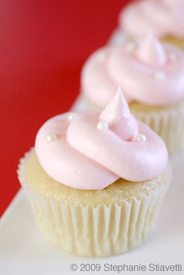 Gluten Free Pink Champagne Cupcakes