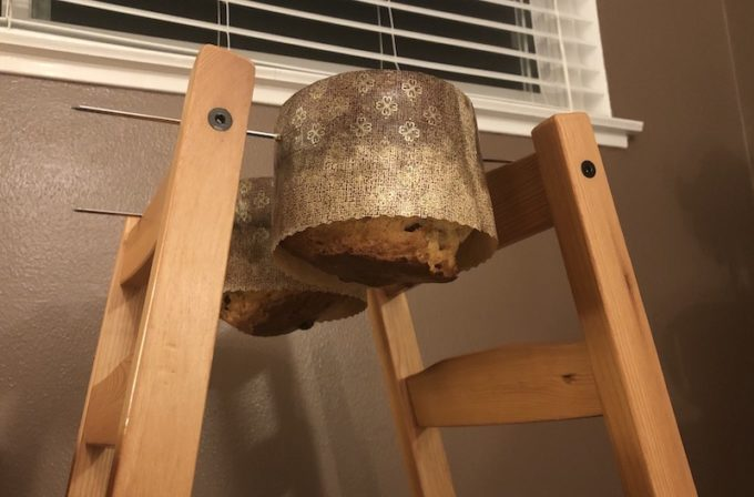 how to hang panettone bread at home